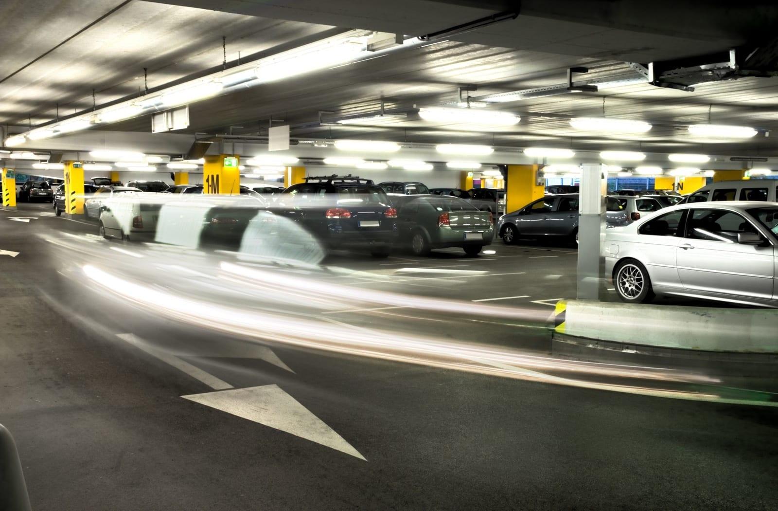Med 253 parkeringsplasser - de fleste innendørs - er eiendommen i en særstilling når det gjelder parkeringsdekning