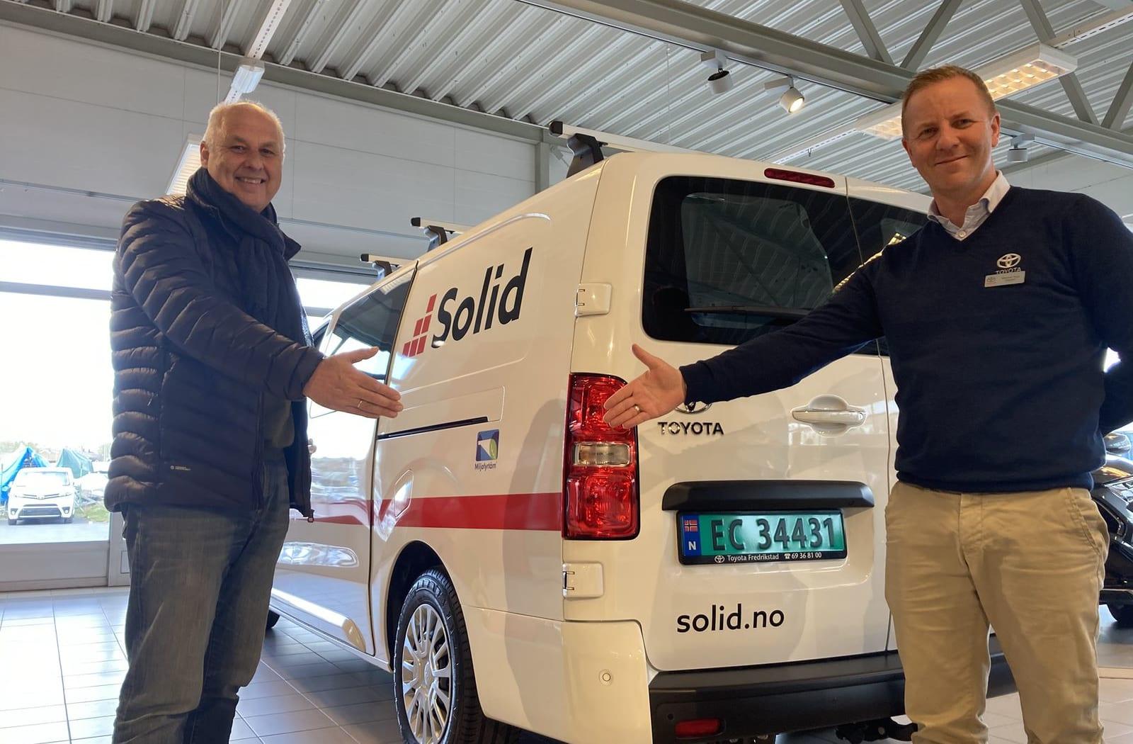Solid Entreprenør velger elektriske biler for fremtiden