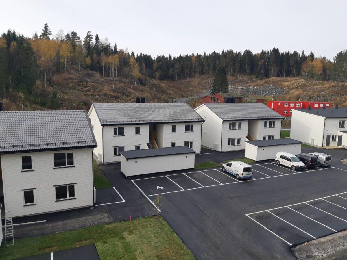 Byggeprosjektet består av 24 boliger, fordelt på 12 rekkehus og 12 leiligheter.