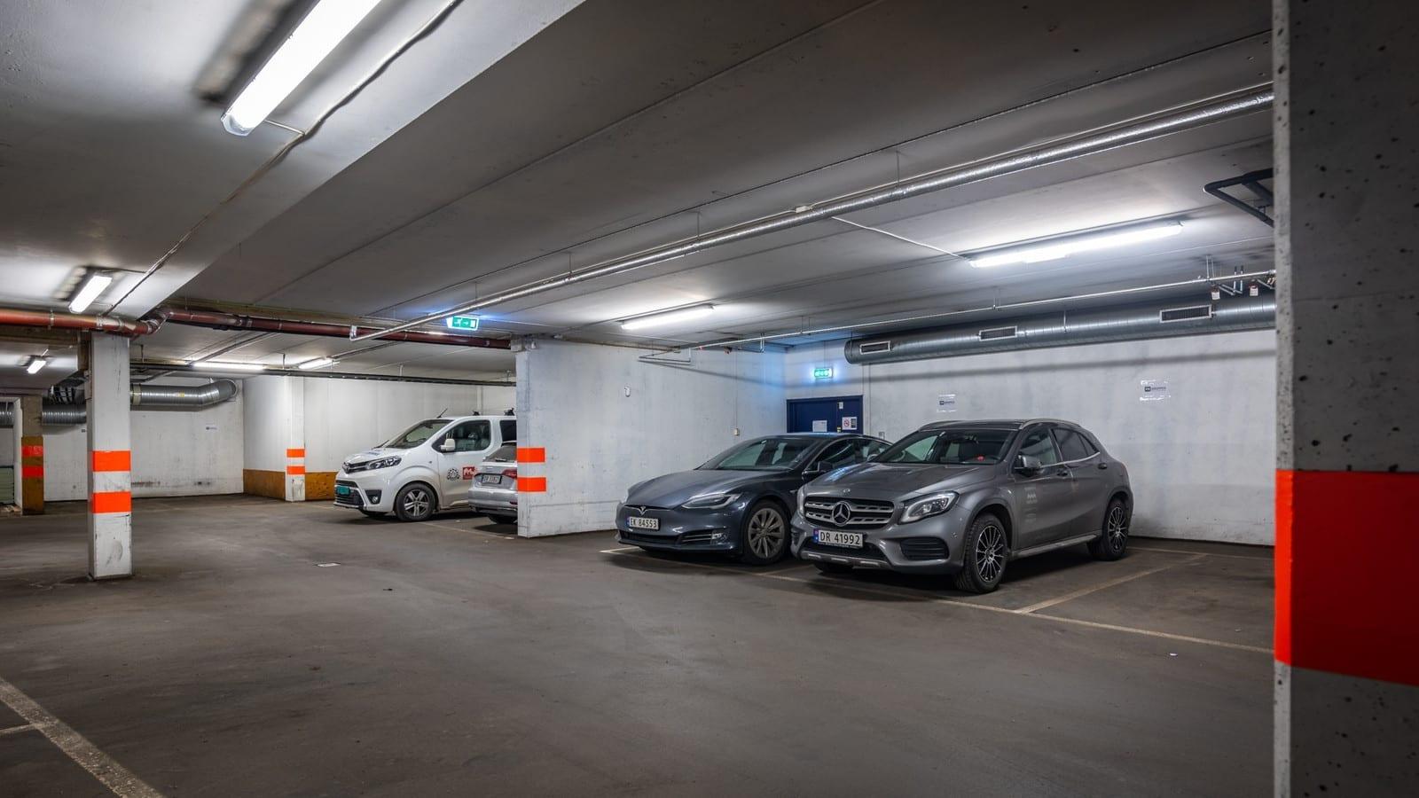 Parkeringplasser i kjelleren