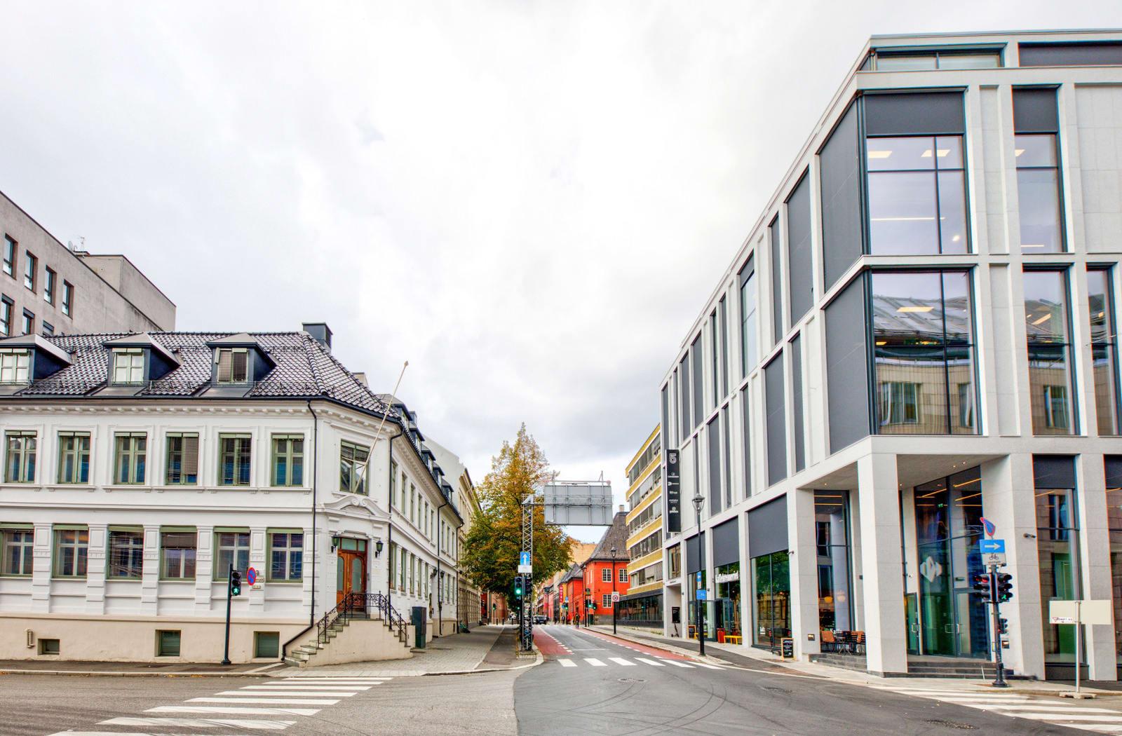 Fasade - god eksponering mot Rådhusgata