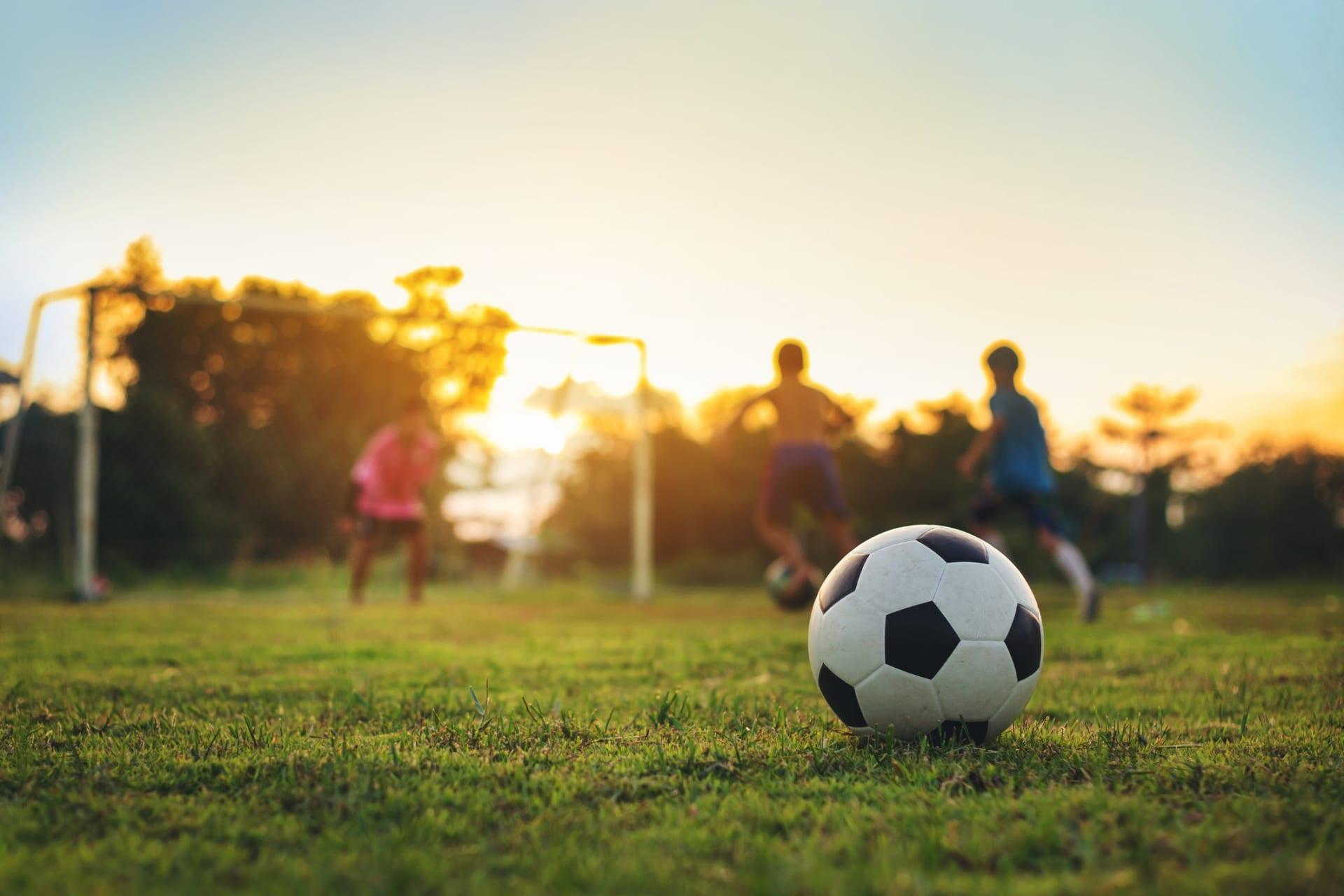 Teisen Idrettsforening har kunstbane for fotballglade barn og voksne